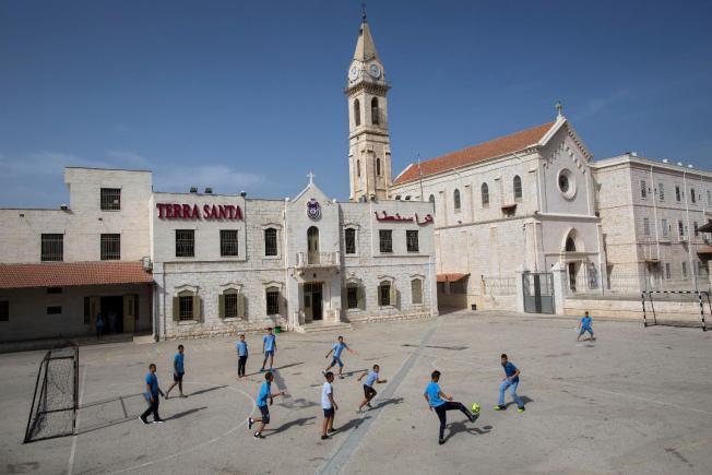 Izrael: keresztény iskolák a diszkriminációs politika ellen