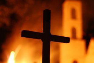 Gyújtogatás okozott súlyos károkat a kenyérszaporítás helyén épült templomban