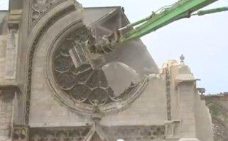 Leromboltak egy középkori templomot Franciaországban