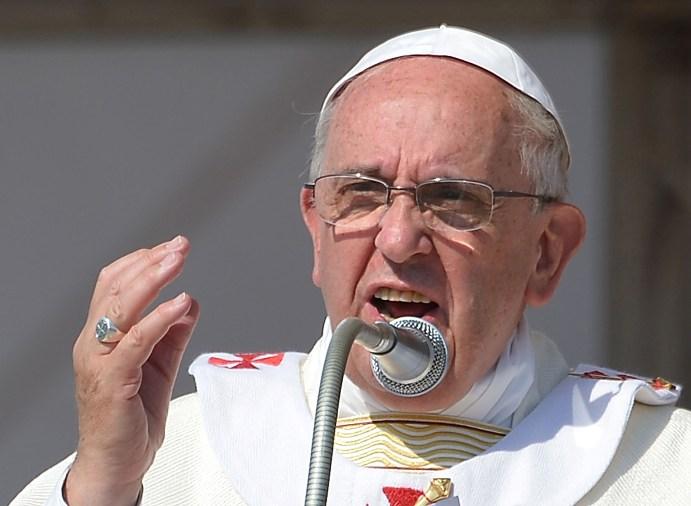 Ferenc pápa - keresztényüldözés napjainkban