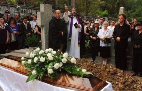 A Hittani Kongregáció a katolikus temetésről: