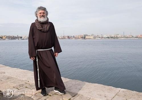 Antonio testvér útja: kábítószerfüggőből ferences szerzetes