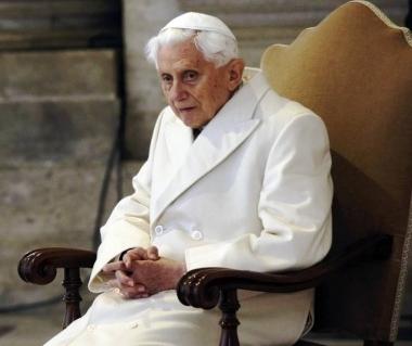 91 éves XVI. Benedek pápa