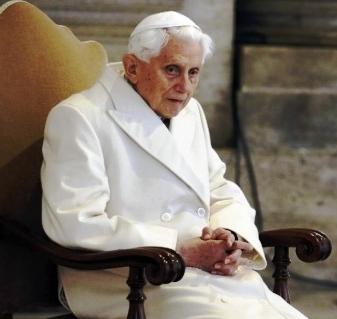 Joseph Ratzinger – XVI. Benedek: Végidő
