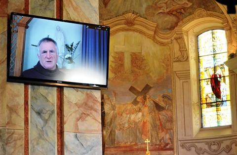 Böjte Csaba volt a Nagymarosi Ifjúsági Találkozó főelőadója